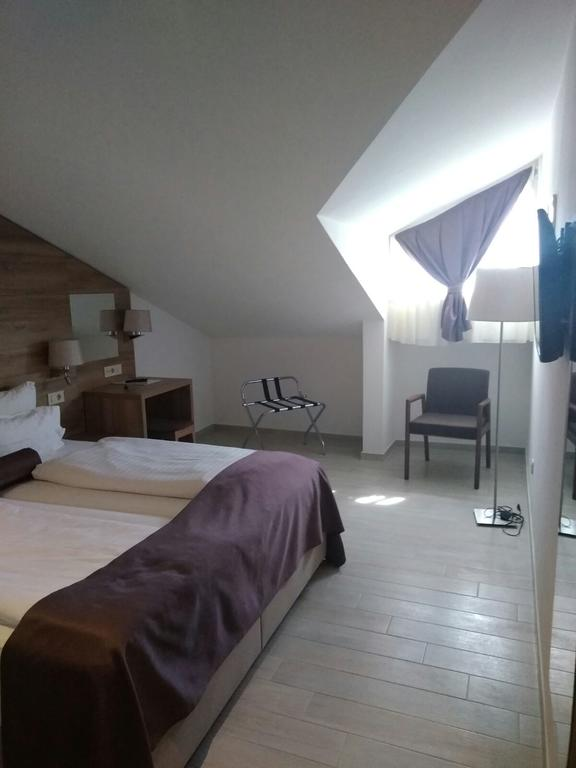 Hotel Biokovo room 1