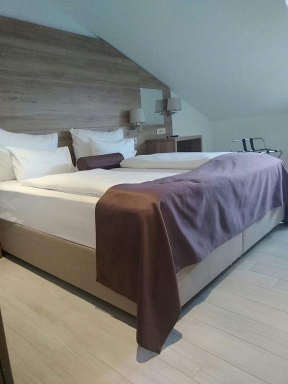 Hotel Biokovo room 2