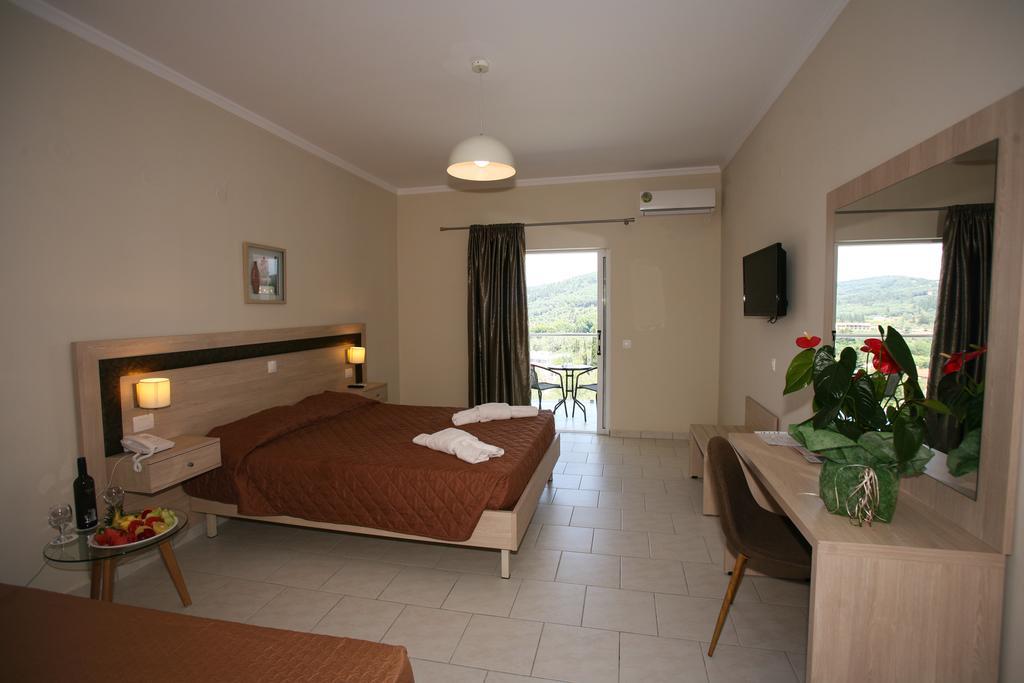 Saint George Palace Hotel room 1