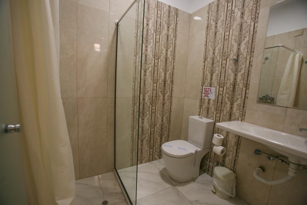 Saint George Palace Hotel room 6