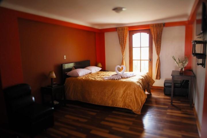 Tunupa Lodge room 6