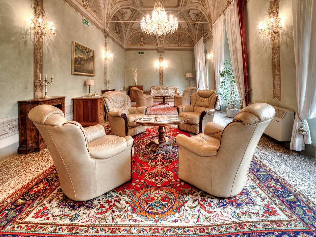 Villa Stanley room 6